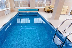 Hydrotherapy Treatment, Benefits, Types & Contraindications